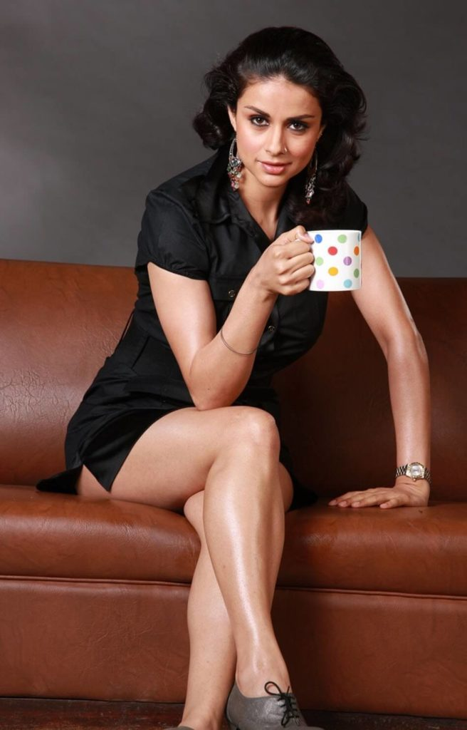 Gul Panag Hot & Sexy Thigh Pics In Undergarments