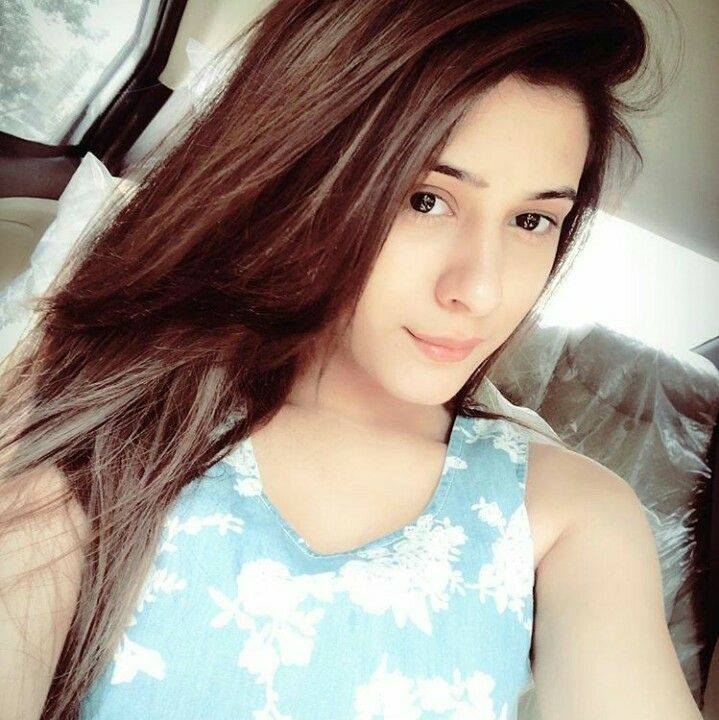 Hiba Nawab Latest New Hair Style Pictures