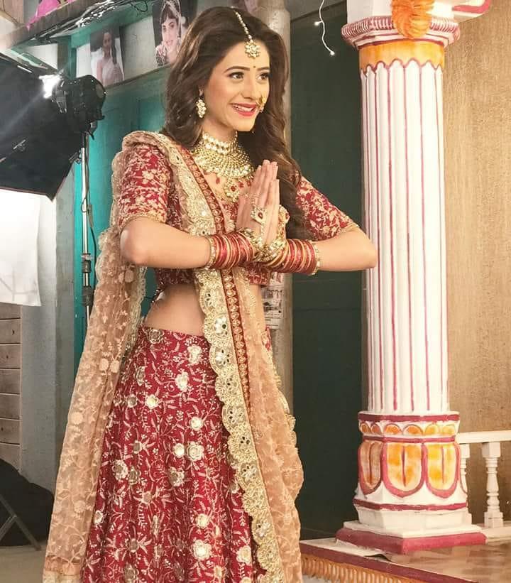 Hiba Nawab New Pics In Desi Look