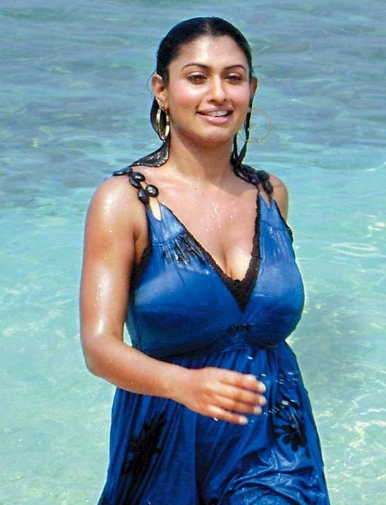 Malavika Hot Images In Swiming Pool