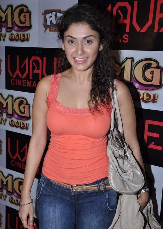 Manjari Phadnis HD Pics