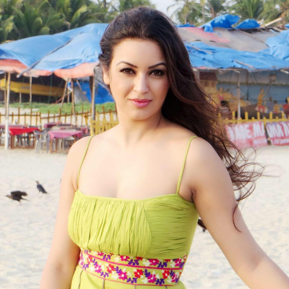 Maryam Zakaria Bold Unseen Pictures