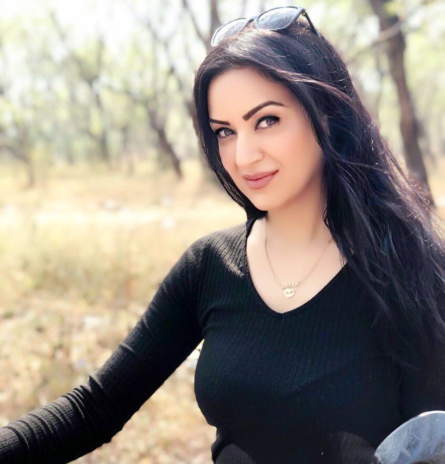 Maryam Zakaria Latest New Full HD Pics