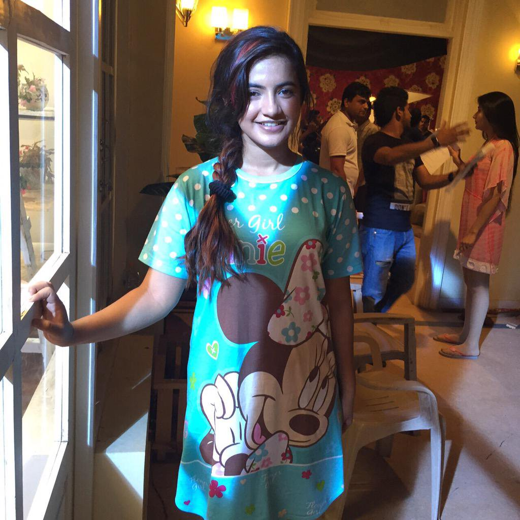 Meera Deosthale HD Images Download