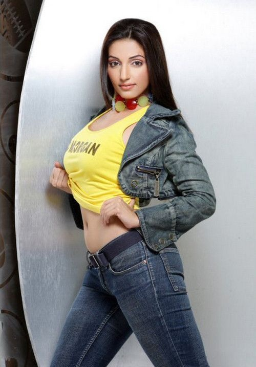 Navina Bole Hot & Sexy Pictures