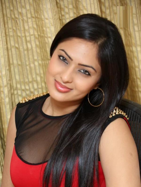 Nikesha Patel Images