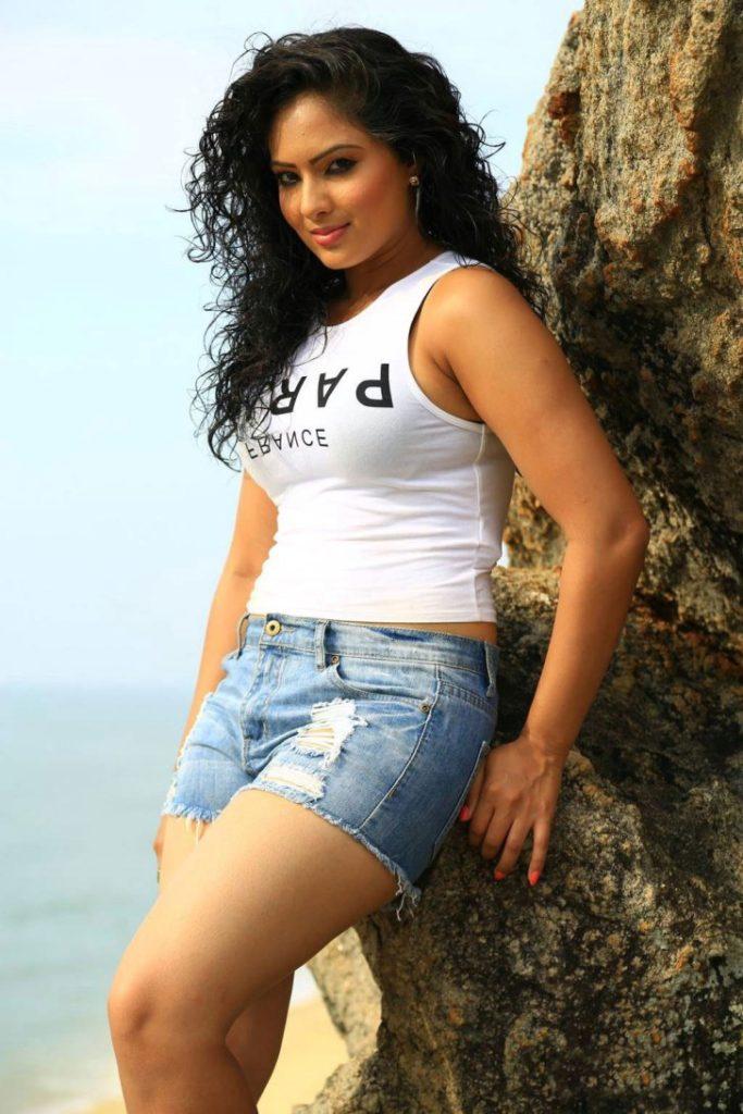 Nikesha Patel Sexy Legs Pics In Short Clothes