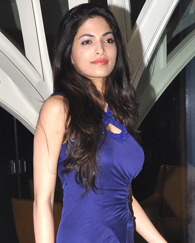 Parvathy Omanakuttan Images