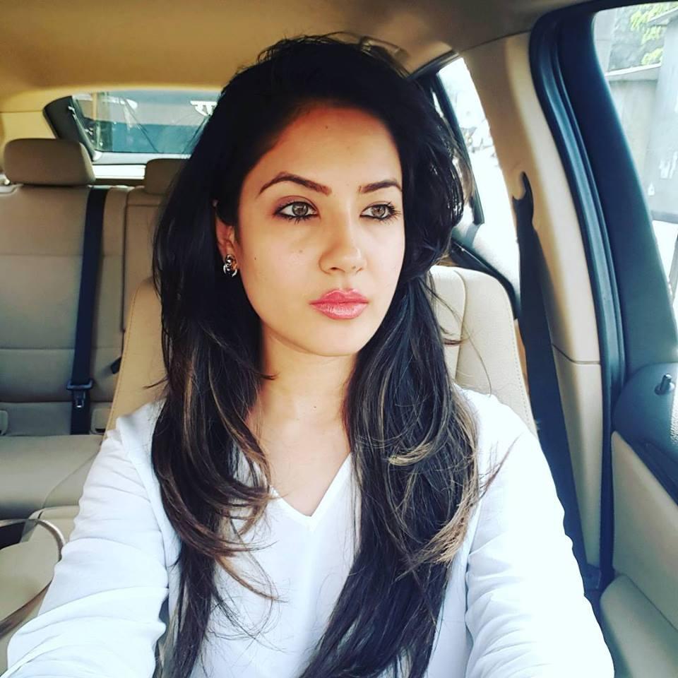 Pooja Bose Hot HD Bold Unsee Pics