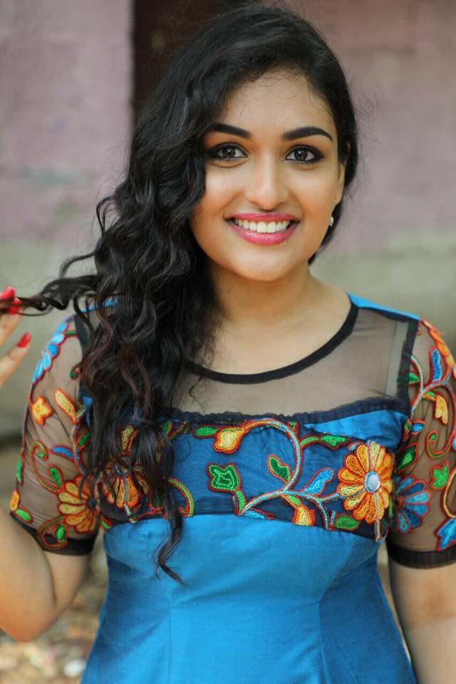 Prayaga Martin Sweet Smile Pictures