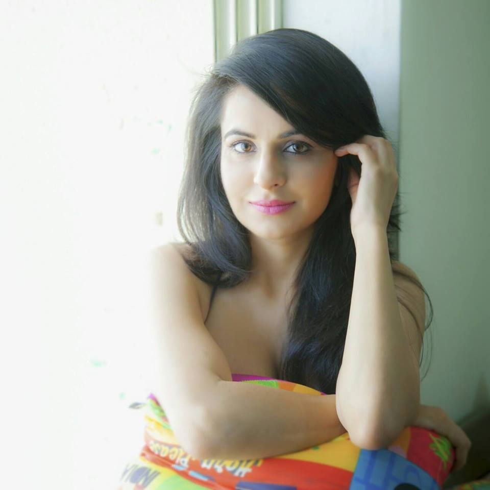 Roop Durgapal Pictures Free Download