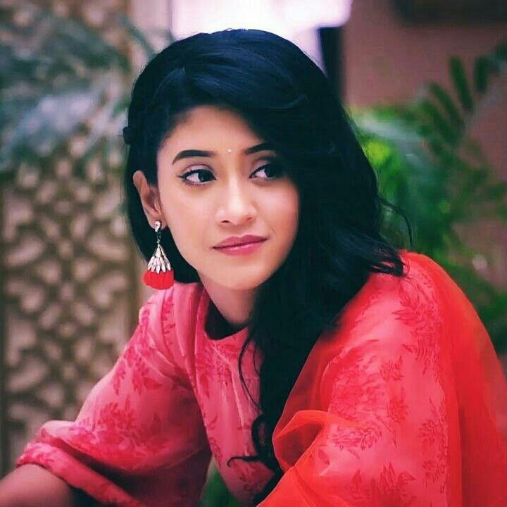 Shivangi Joshi Hot Images