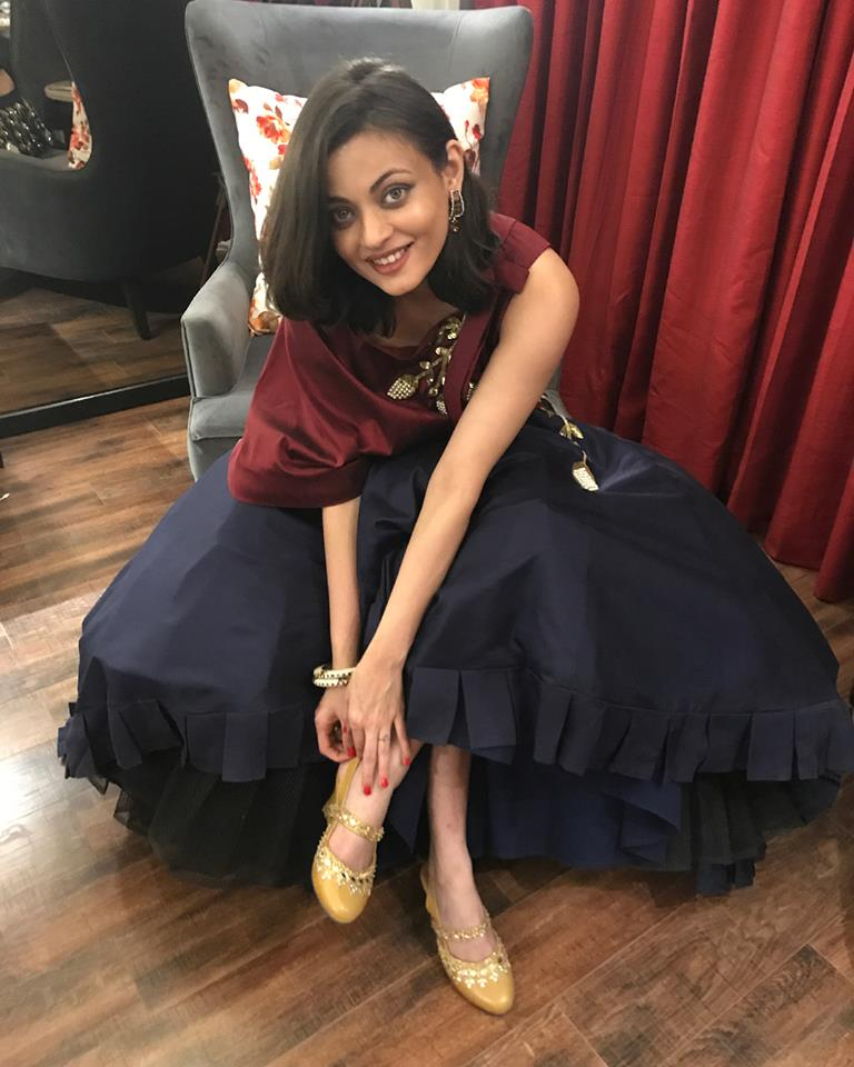 Sneha Ullal New Images Gallery