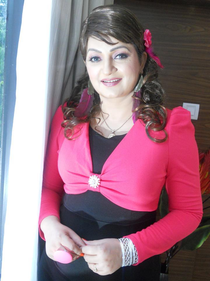 Stylish Upasana Singh New Pics