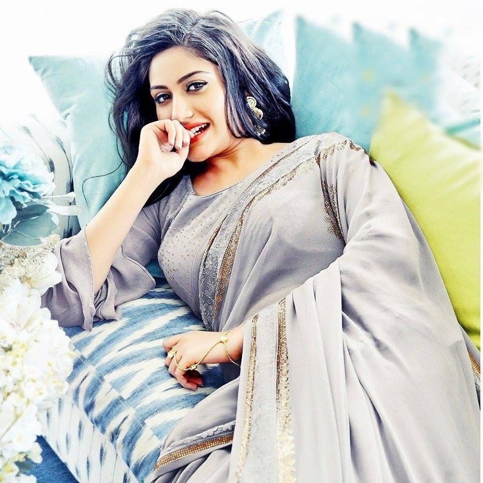 Surbhi Chandna Hot Photoshoot In Saree