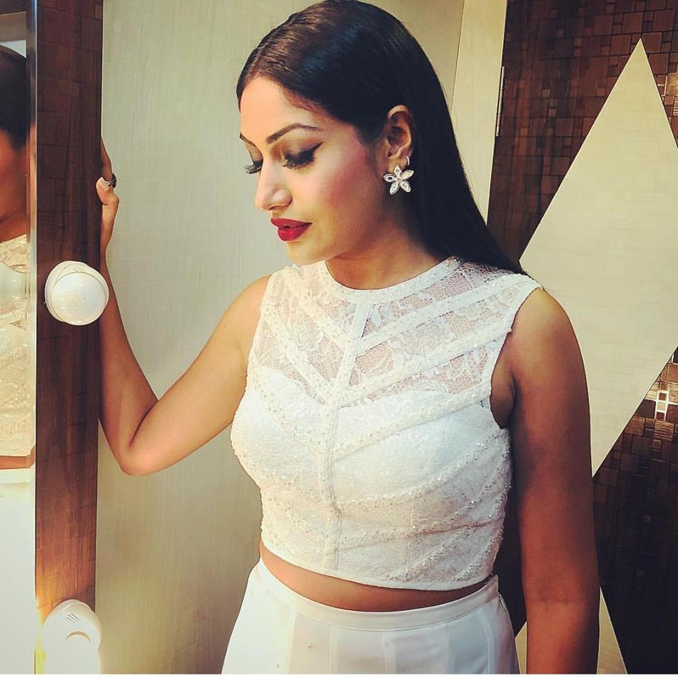 Surbhi Chandna Sexy Pics Full HD