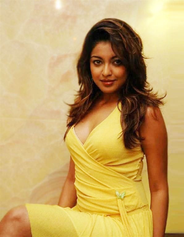 Tanushree Dutta Hot Wallpapers