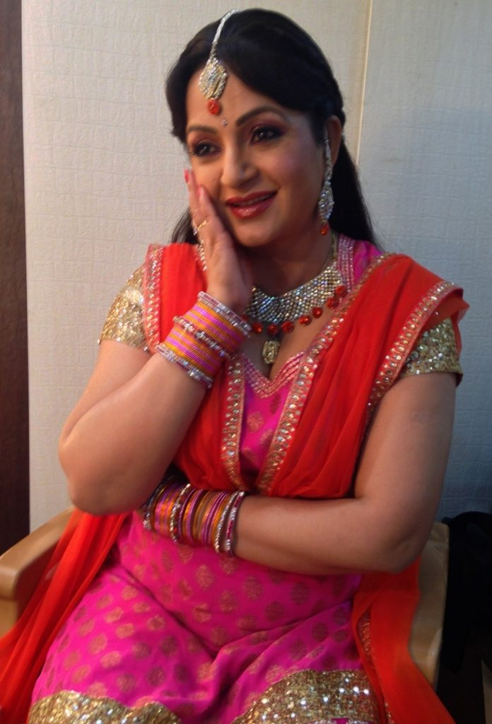 Upasana Singh HD Wallpapers For Profile Pics