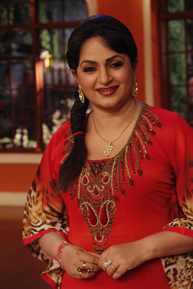 Upasana Singh Sexy Wallpapers Full HD