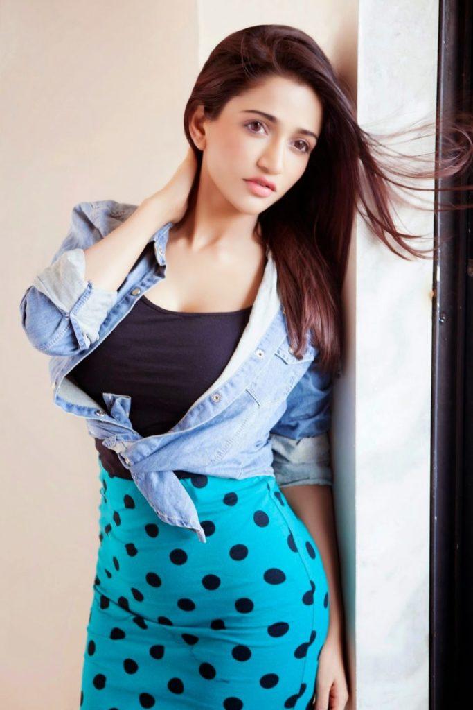 Anaika Soti Full HD Pics Gallery