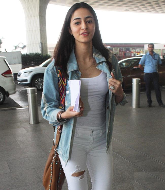 Ananya Pandey HD Wallpapers At Airport
