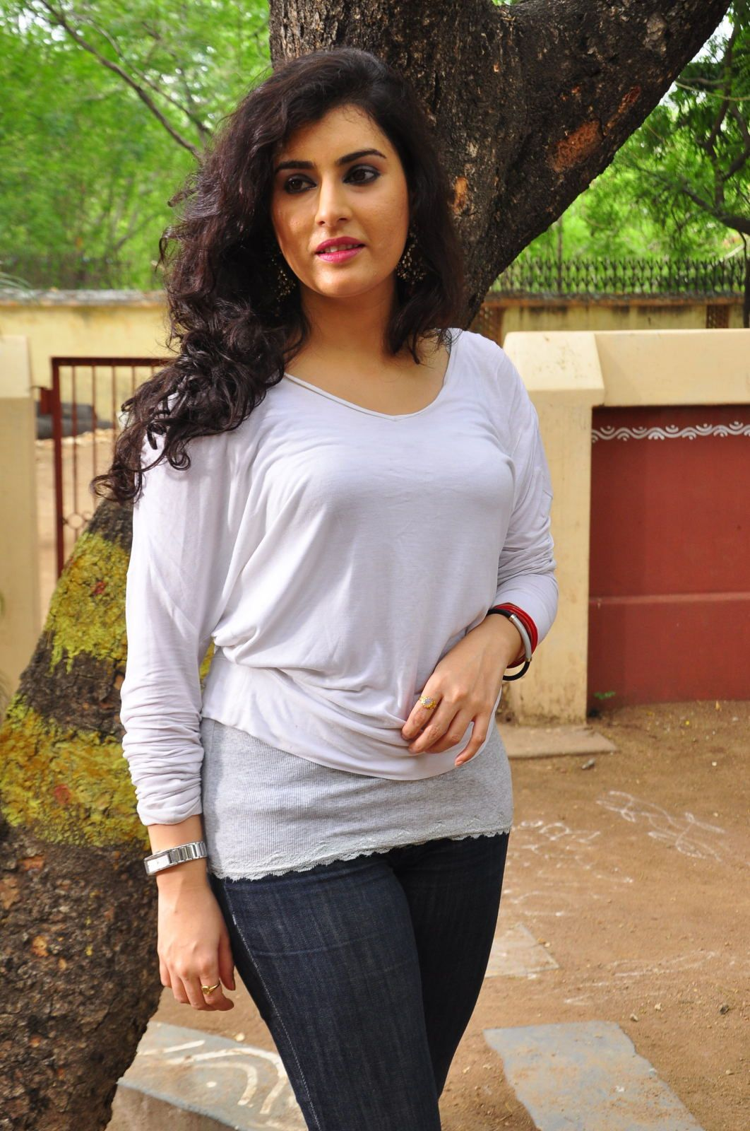 Archana Pictures Download