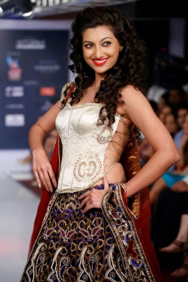 Hamsa Nandini Hot Images At Rampwalk