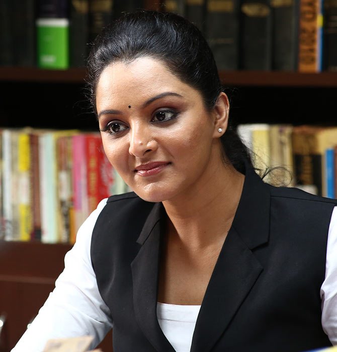 Manju Warrier HD Images Photoshoot Gallery