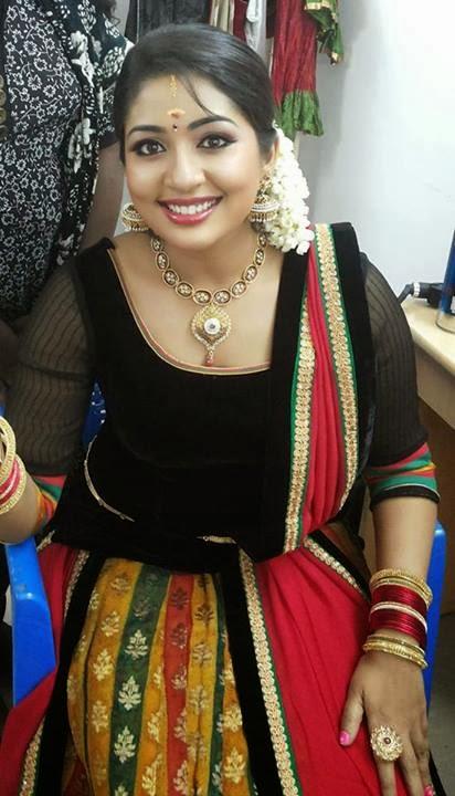 Navya Nair Bold HD Pics