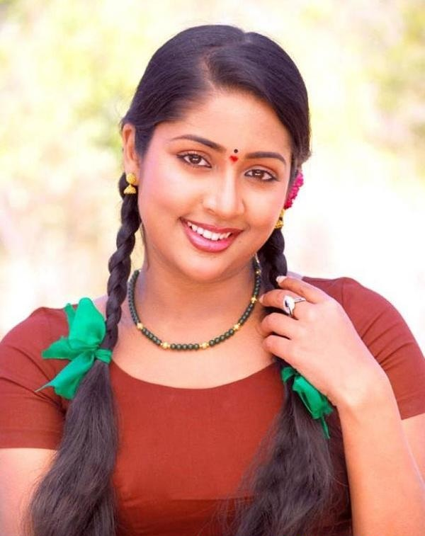 Navya Nair Cutes HD Sexy Wallpapers