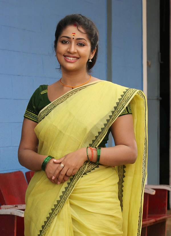 Navya Nair HD Photos Gallery