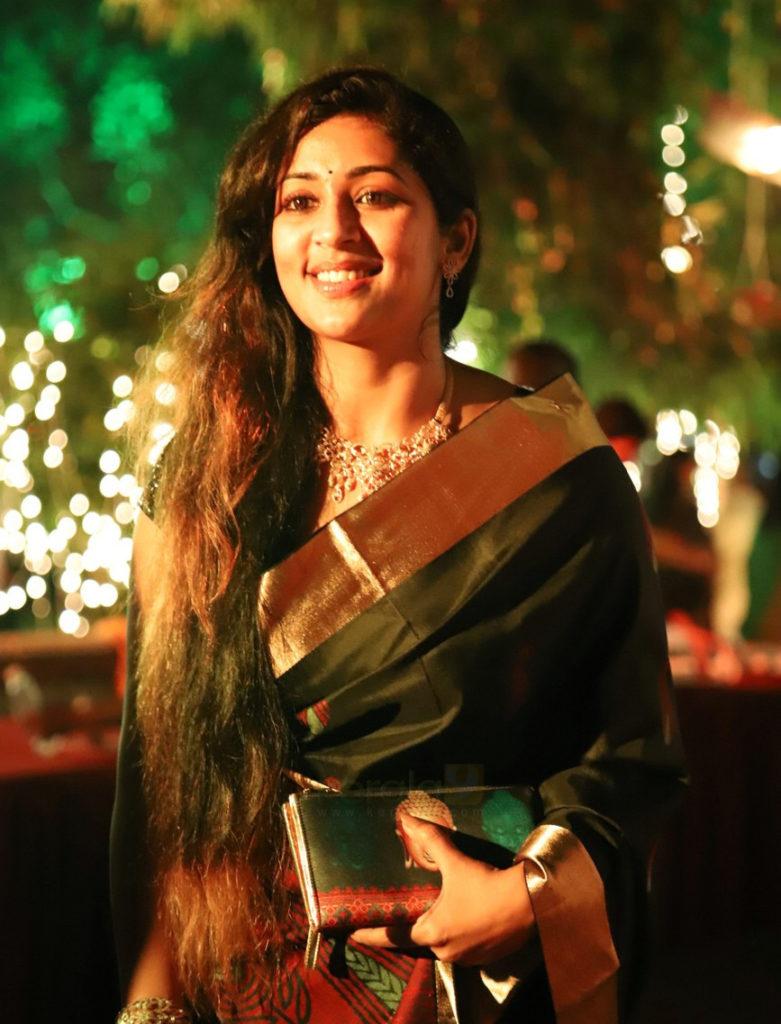 Navya Nair New Pics Download