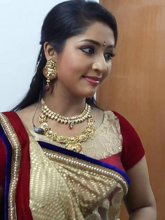 Navya Nair New Pics