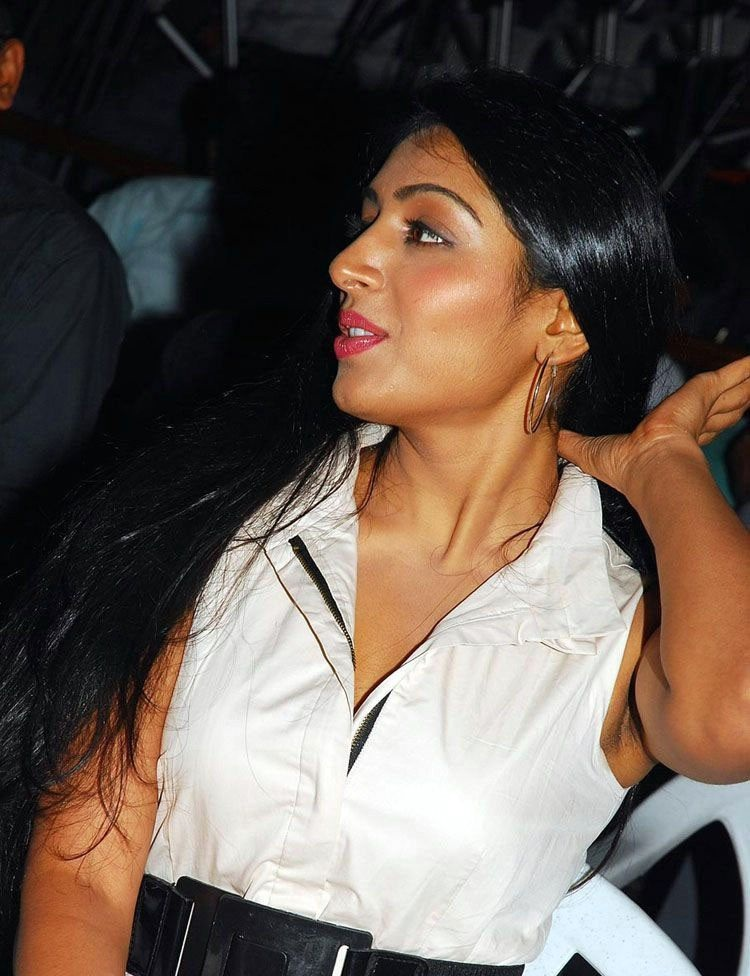 Padmapriya Bold Pictures At Event
