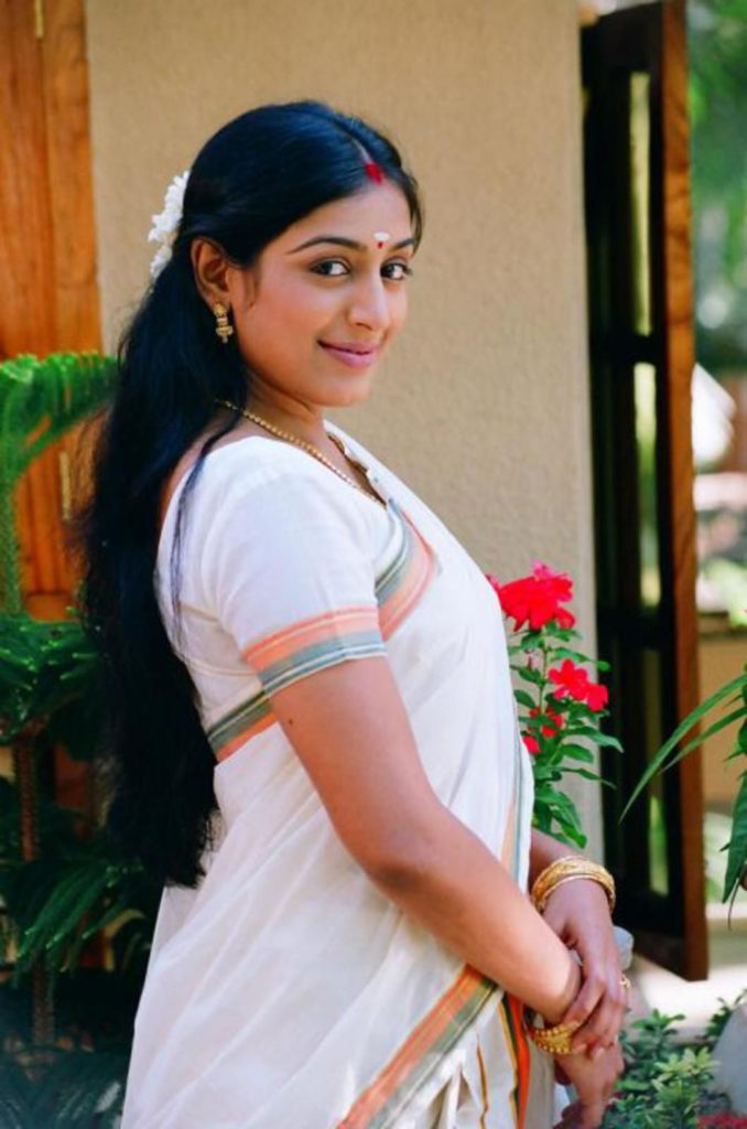 Padmapriya Hot HD Sexy Pictures In Saree