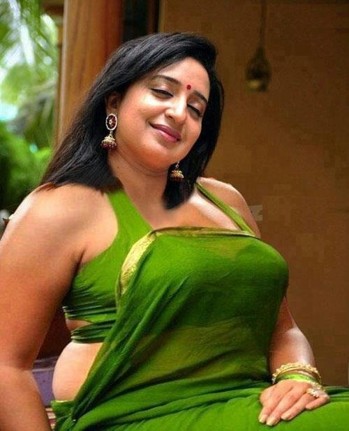 Sona Nair Hot Pics Full HD