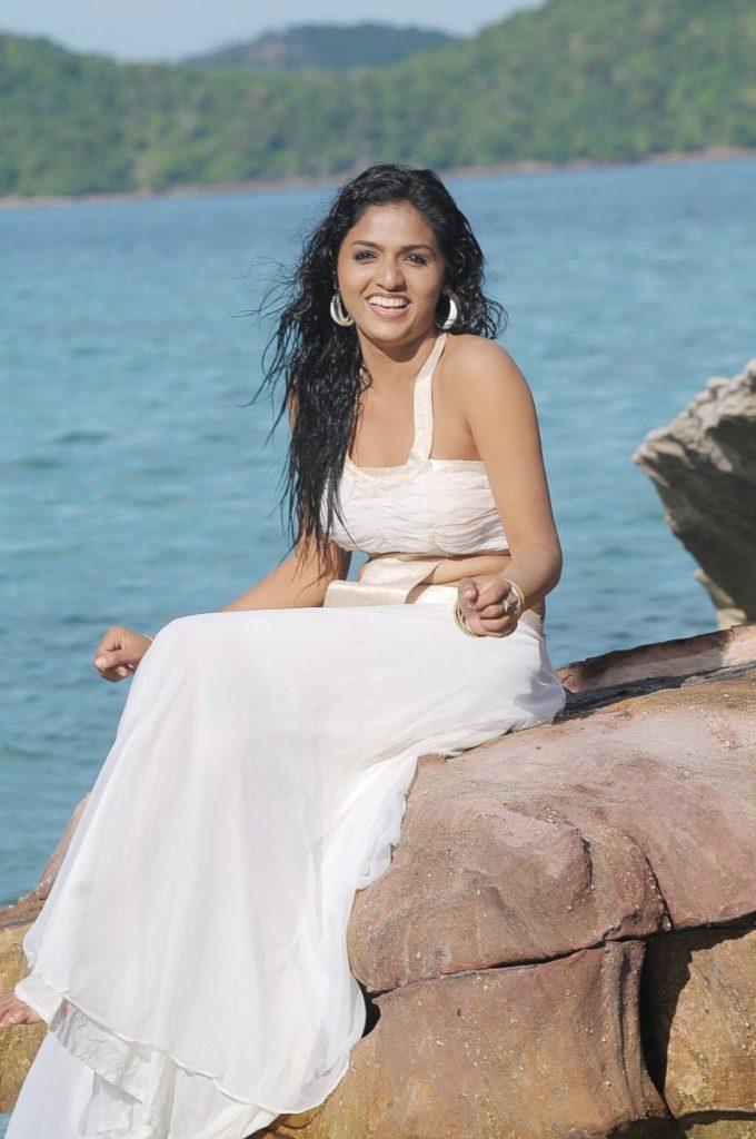 Sunaina Hot & Sexy Images Photoshoot