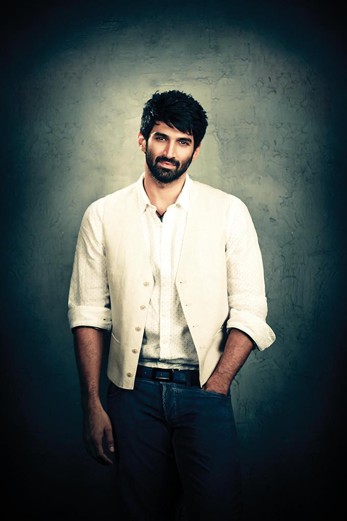 Aditya-Roy-Kapur-Body-Pictures-Images-HD