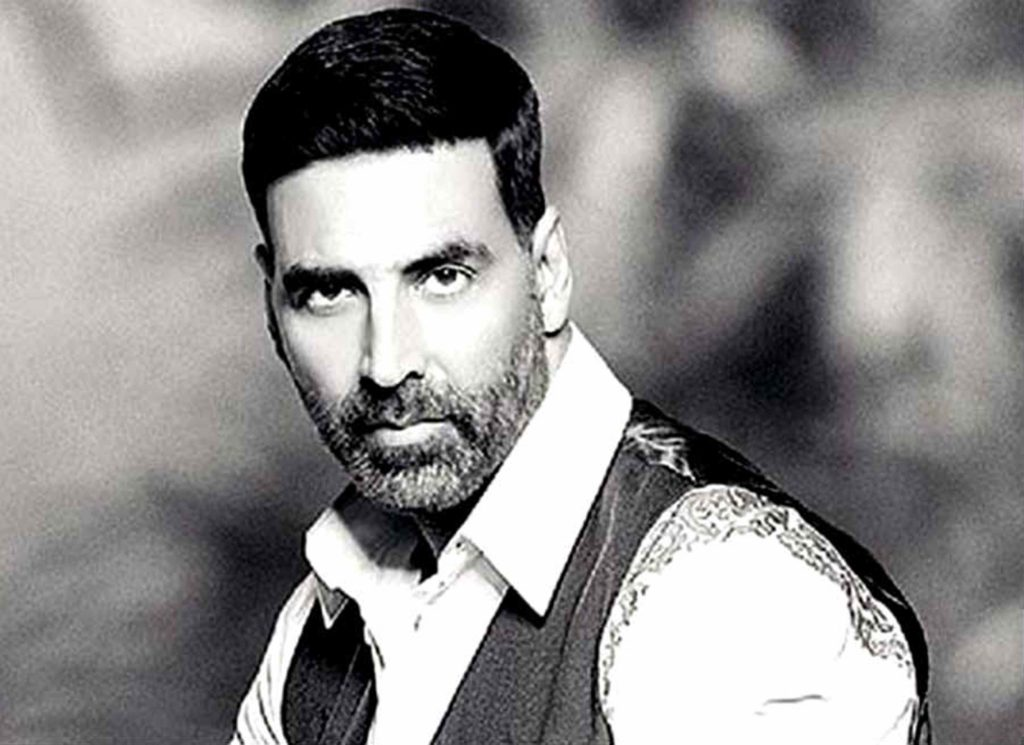 Akshay Kumar Cute Sexy Looking Photos Images