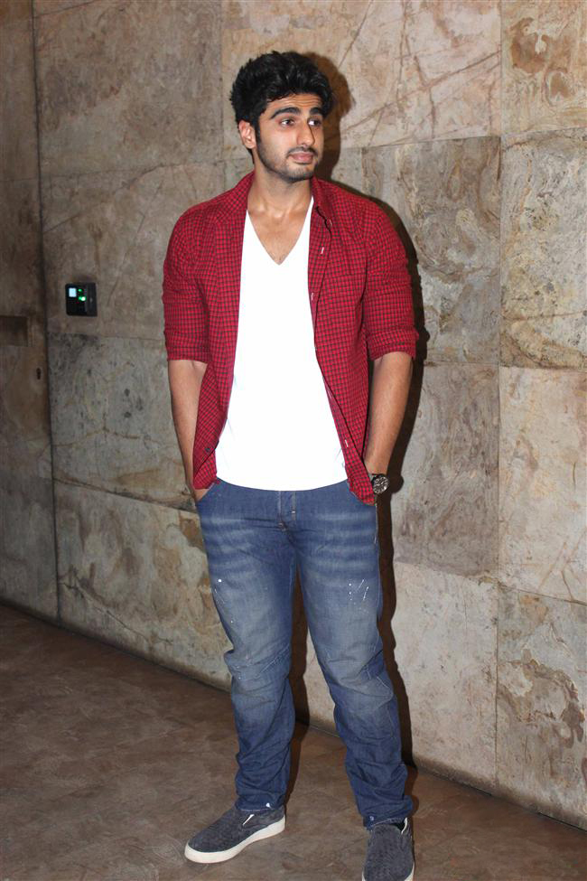 Beautiful Actor Arjun Kapoor Latest Photos Images Wallpapers HD