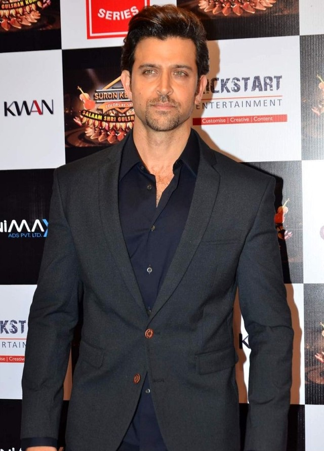 Beautiful-Actor-Hrithik-Roshan-Wallpapers