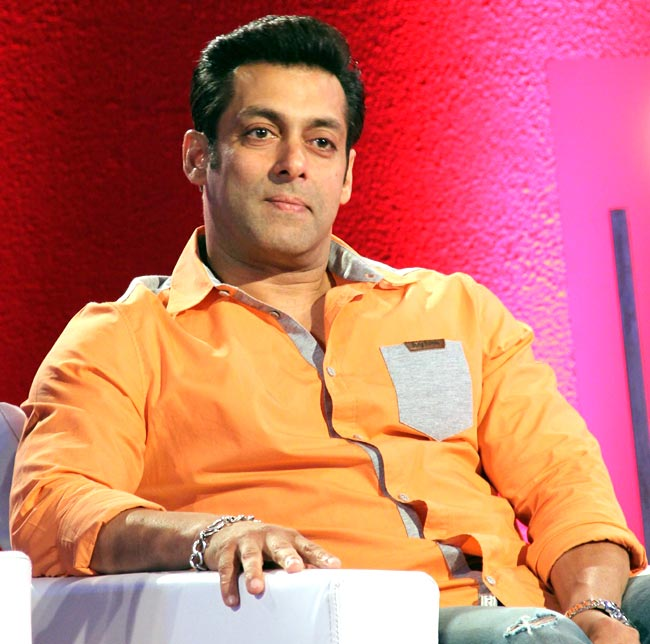 Beautiful-Actor-Salman-Khan-Wallpapers-Download