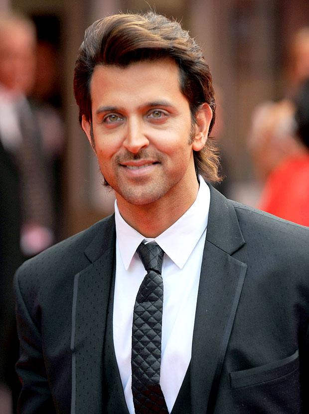 Hrithik-Roshan-Cute-Sexy-Looking-Pictures