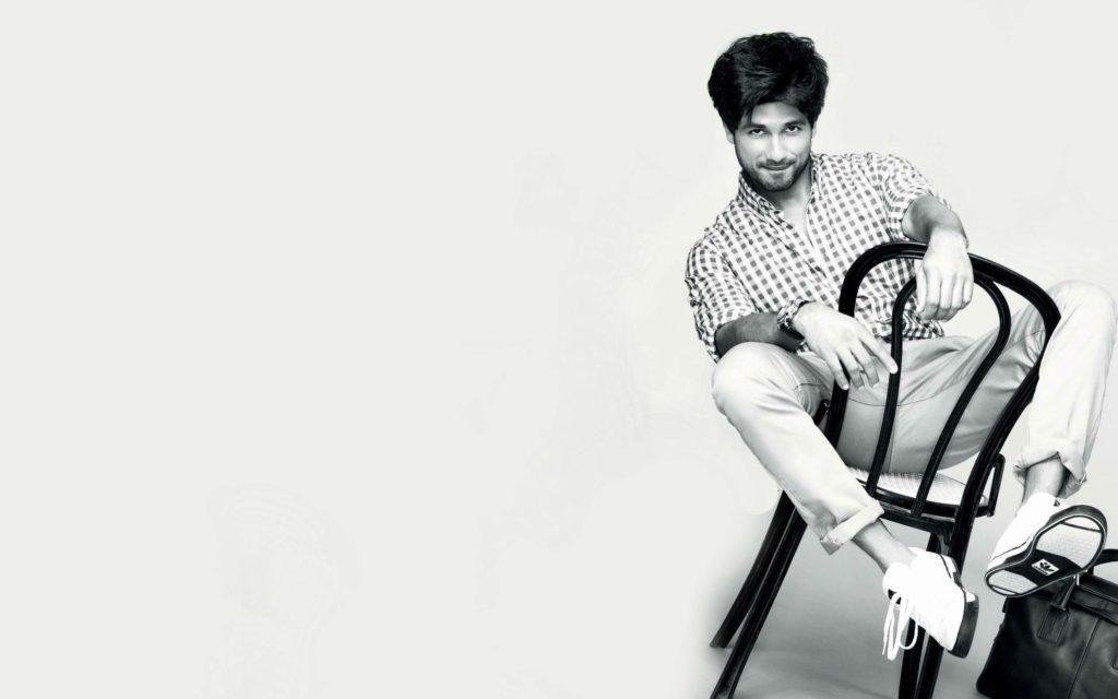 Indian Actor Shahid Kapoor Latest HD Photoshoot 2016