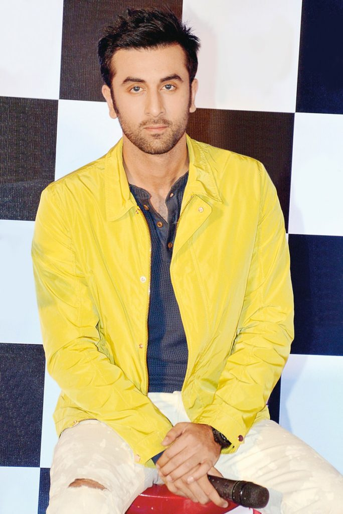 Ranbir Kapoor Cute & Sexy Looking Pictures Images HD