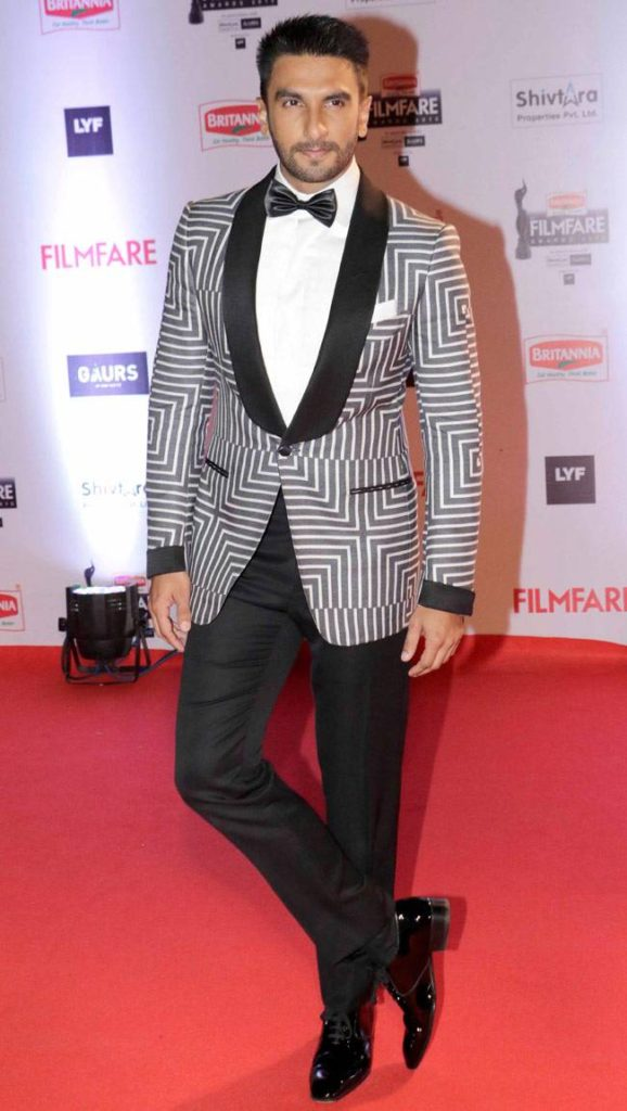 Ranveer Singh Height Weight Age Family