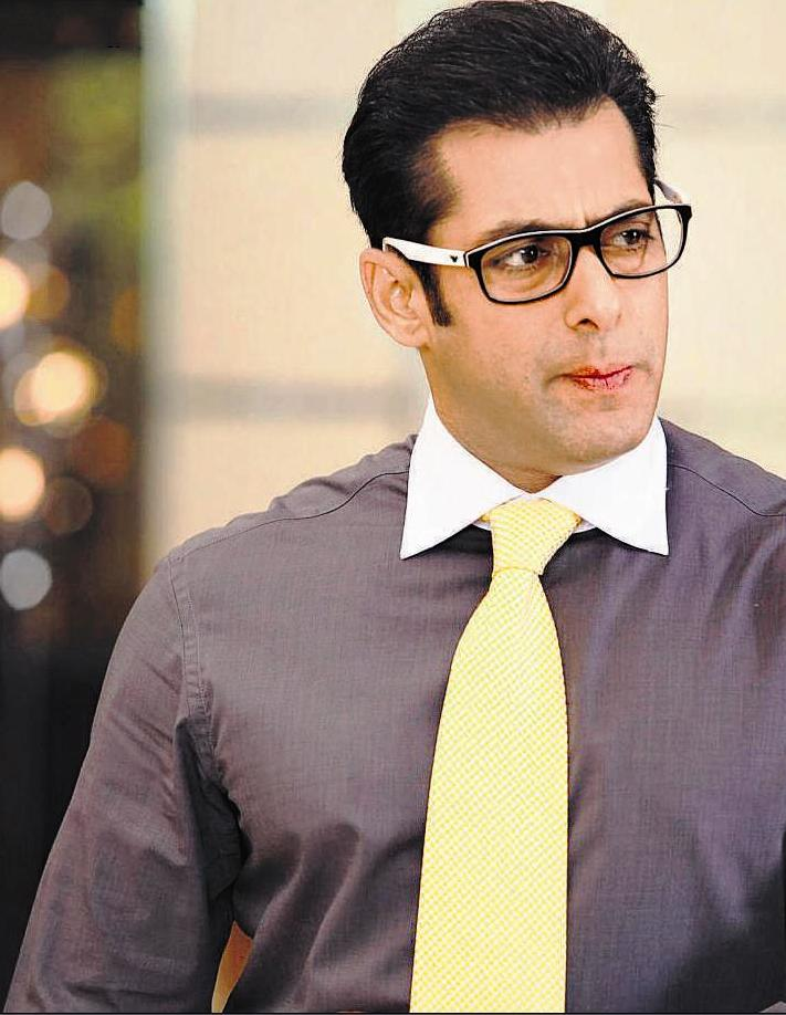 Salman-Khan-Height-Weight-Age-Biography-More