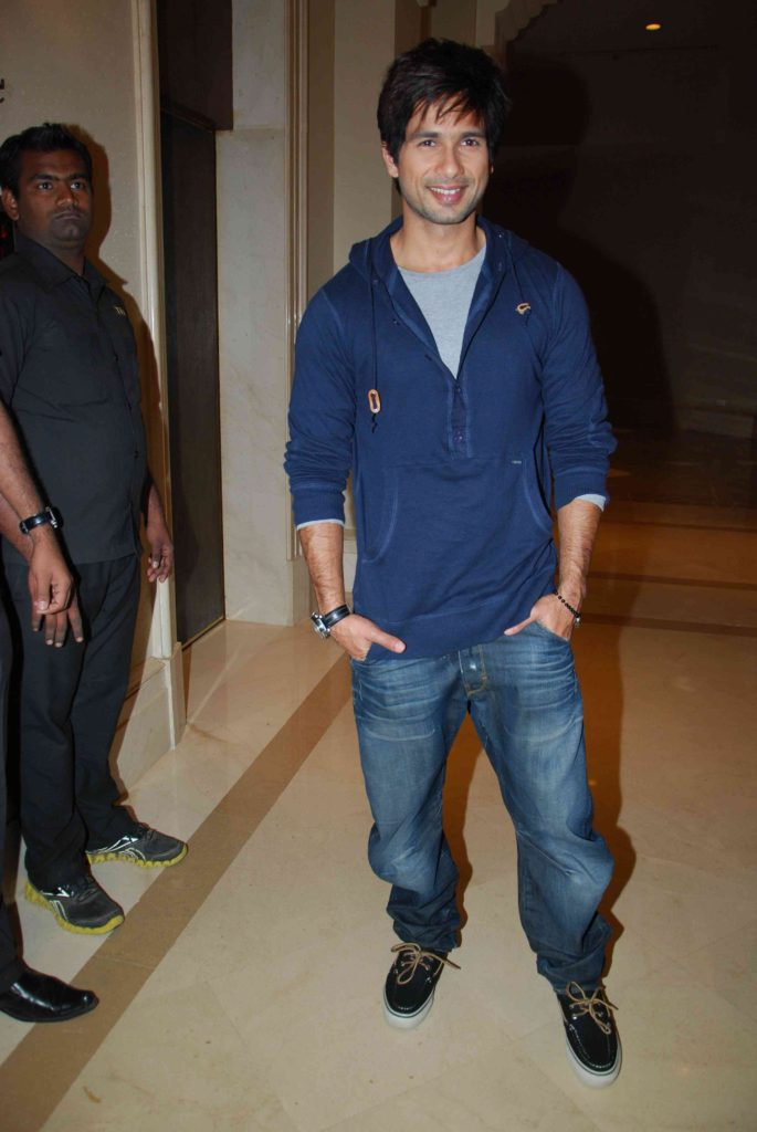 Shahid Kapoor Body Images Pictures Pics HD