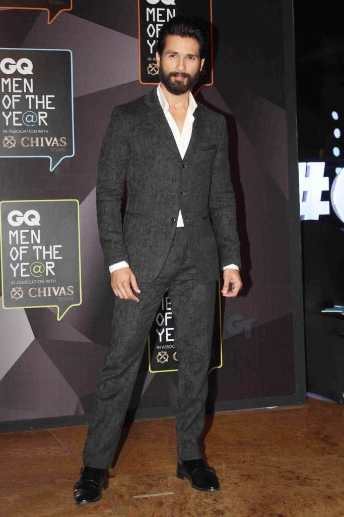 Shahid Kapoor Height, Weight, Age, Biography