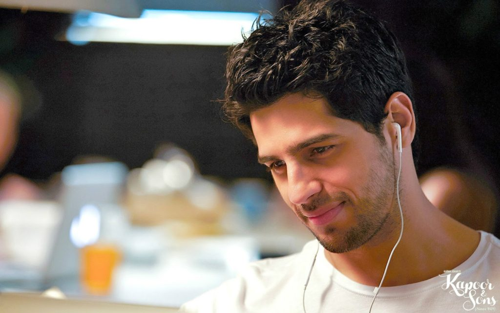Sidharth-Malhotra-Latest-Hair-Styly-Pictures-Images-Download